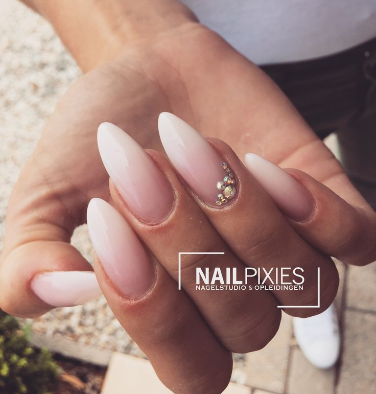 Photo of 25 + ›Babyboom / Babyboom Nails / Babyboomer door NAILPIXIES Instagram: nailpixies_b…